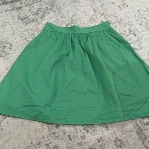 Banana Republic green pleated skirt with p…